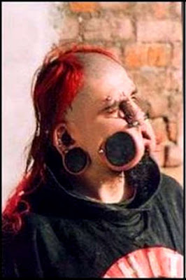 The Bizarre and Weird: Bizarre Body Modifications  Zygzag39;s Folly