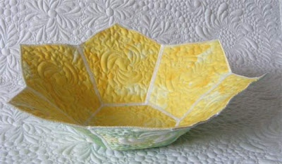 reversible hexagon quilted bowl