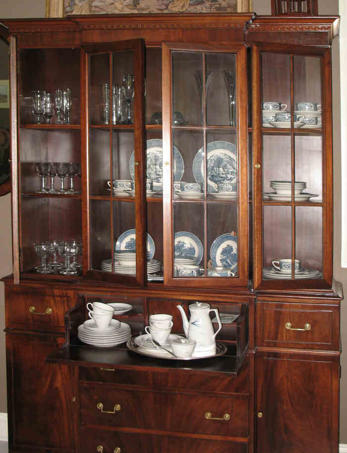 Gentil China Cabinets; A Place To Keep Your Valuable Items