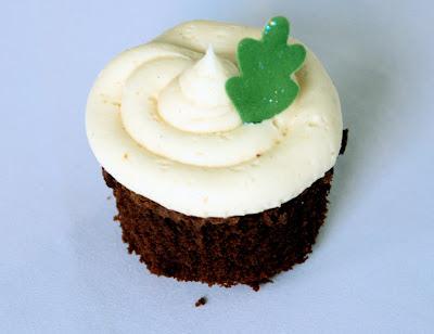 Chocolate cupcake vanilla buttercream