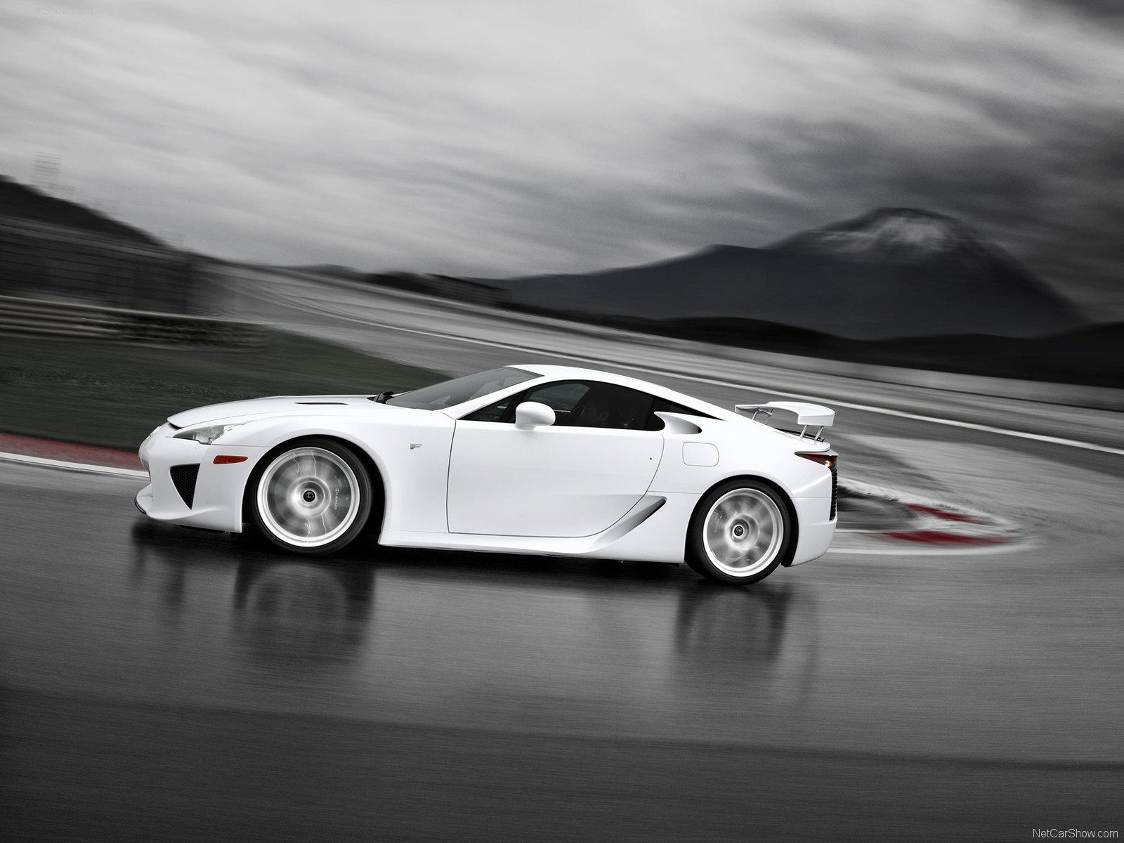 http://4.bp.blogspot.com/_ZkJutyGvIHk/SwIK_NrLANI/AAAAAAAAA40/FhiS-UbEt7M/s1600/Lexus-LFA_2011_1600x1200_wallpaper_08.jpg