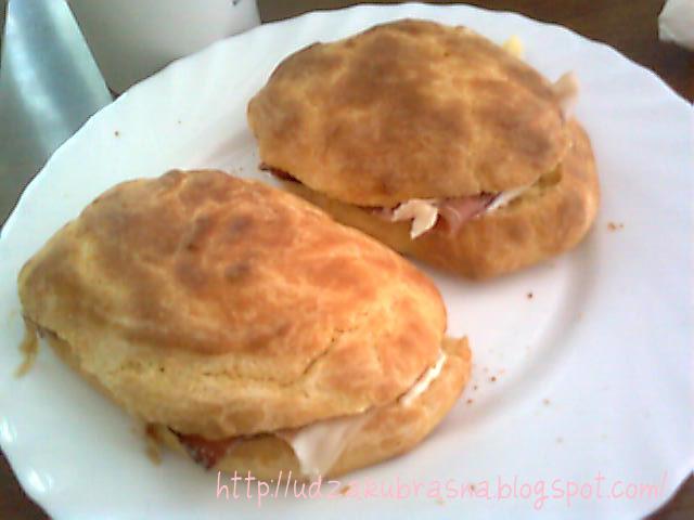 Recepti Za Ustipke http://udzakubrasna.blogspot.com/2010/09/ludo-testo