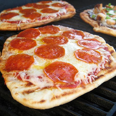 Grilled Pizza | Real Mom Kitchen