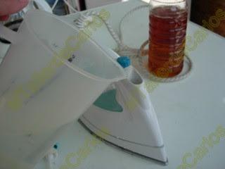 con la plancha de casa actuaremos de forma similar las planchas muchas veces estn preparadas para ser usadas slo con agua destilada justamente para