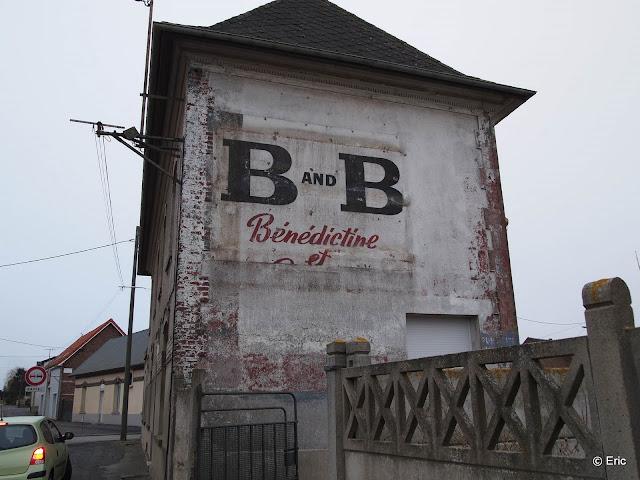 Les murs peints s 39 affichent arras et sa banlieue - 4 murs arras ...