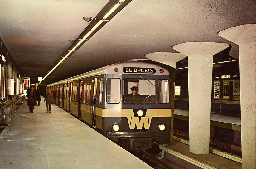 openbaar vervoer wereldwijd 40 jaar metro in rotterdam. Black Bedroom Furniture Sets. Home Design Ideas