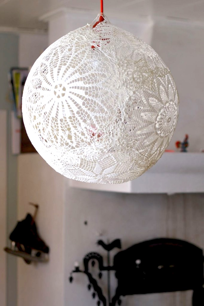 glitter, glue and fireflies: Lacey Racey DIY Lantern....