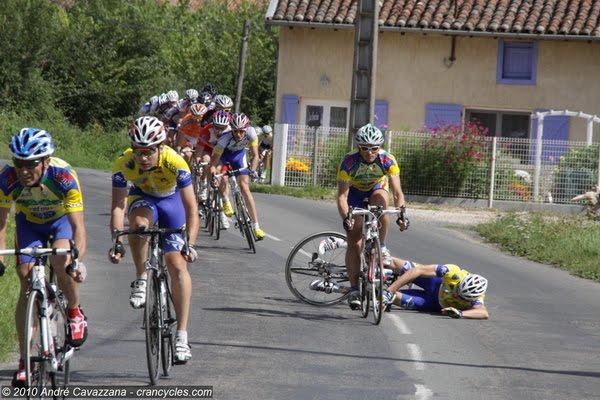 chute cyclisme etape 2