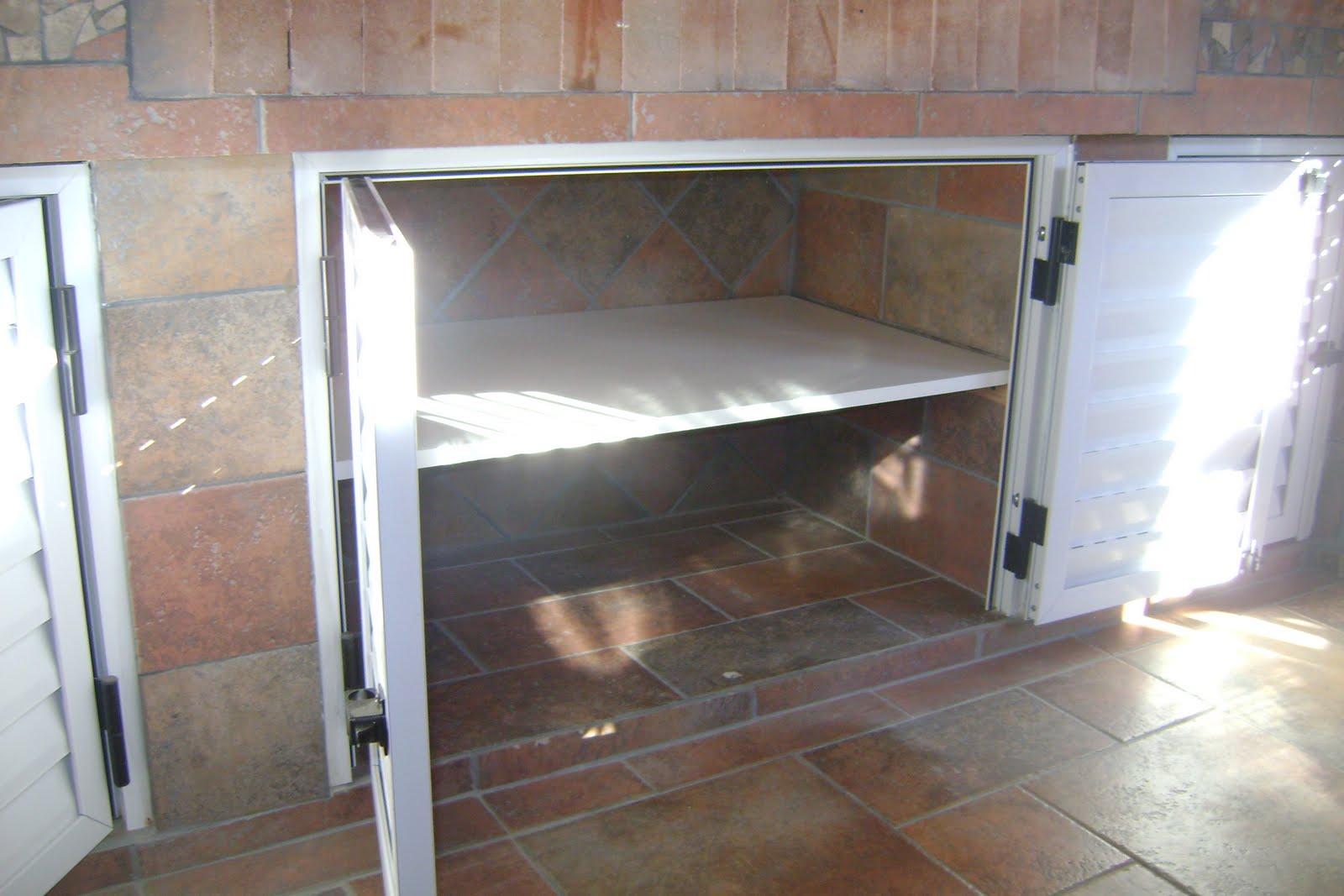 estantes color blanco para bajo mesada y lavadero