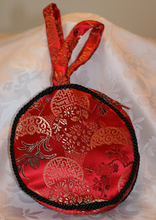 Red Chinese brocade evening bag,side view