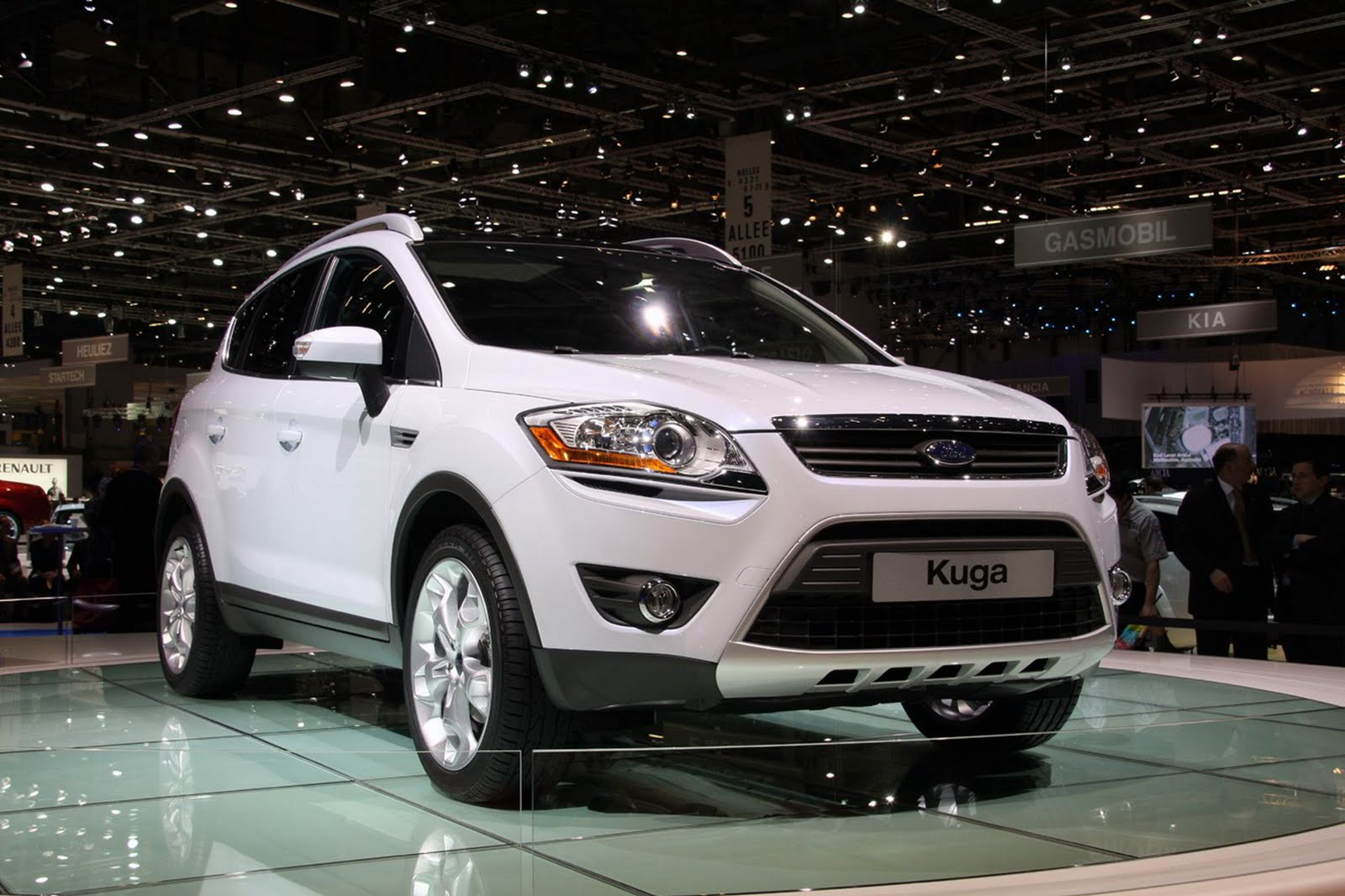 ford kuga specifications price. Black Bedroom Furniture Sets. Home Design Ideas
