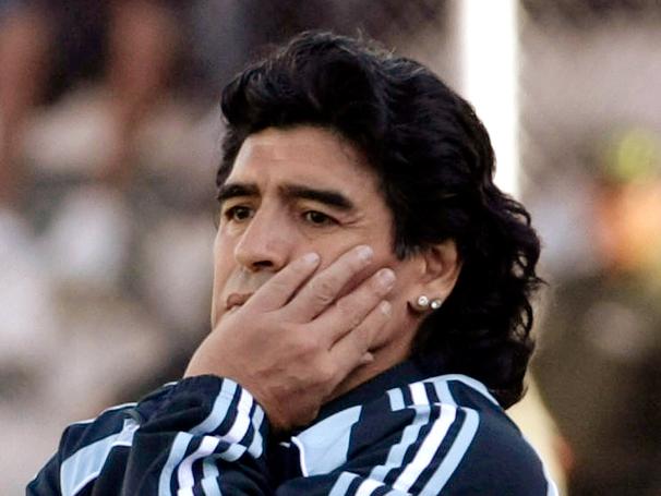 Presidente iraní pide a Maradona para DT del seleccionado