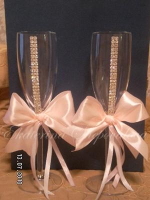 Свадебные бокалы из атласных лент