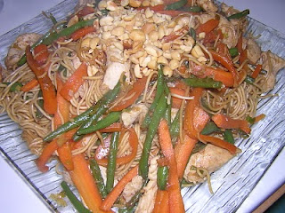 in my's kitchen: cuisine indonésienne ou antillaise? bami goreng