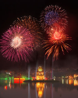 Fireworks in Ho Guom lake in new year Eve