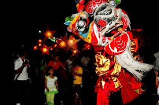 Lion dances in mid autumn festival night
