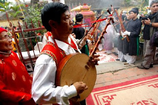 Orchestra of the Trieu Khuc village