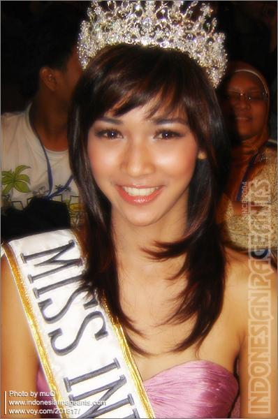 Foto Kamidia Radisti Miss Indonesia 2007