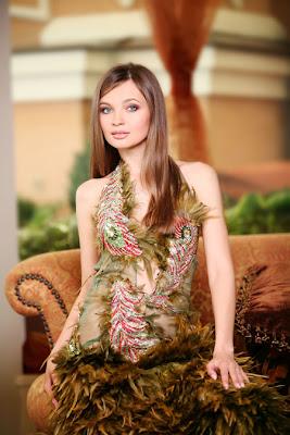 http://4.bp.blogspot.com/_ZtneWMv1XfY/S_0UN0BJuWI/AAAAAAAARg4/CpNmwi79d7k/s1600/Ukraine+-+Anna+Poslavskaya-9.jpg