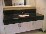 Kabinet Serbaguna dan Kemasan Cermin Dinding(bilik air)