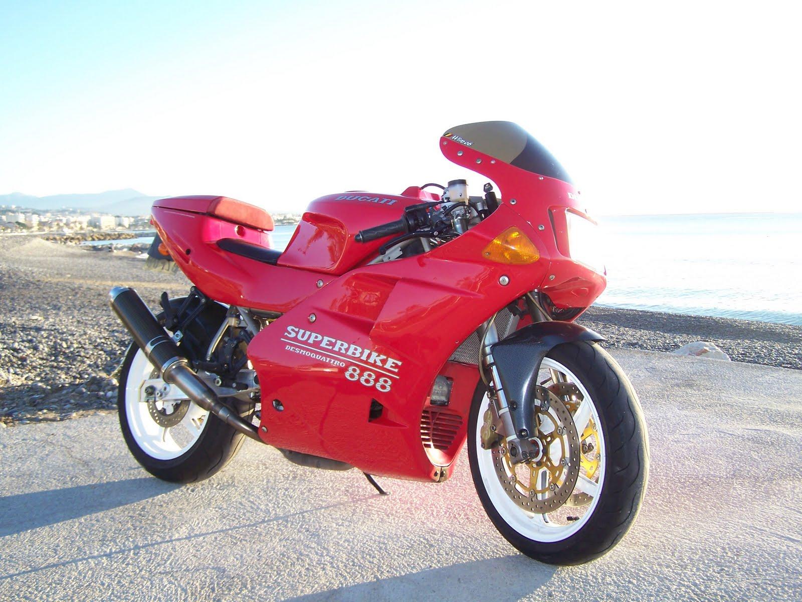 Ducati 851-888 100_4457