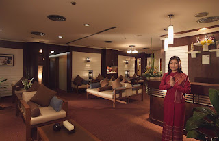 Relaxing Massage at Chaophya Park Hotel Bangkok