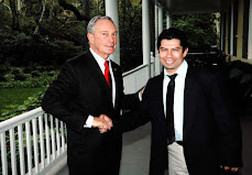 MIKE BLOOMBERG y MOGOLLAN