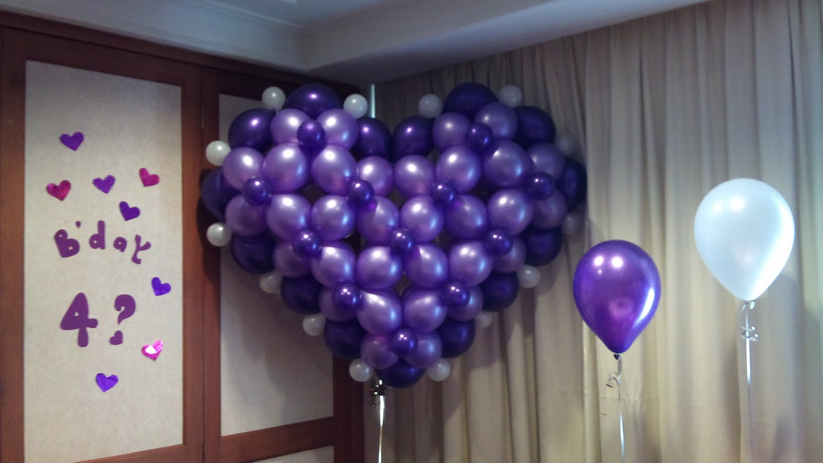 Balloon decorations for weddings, birthday parties, balloon sculptures ...