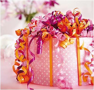 como envolver regalos y poner el nombre al regalar