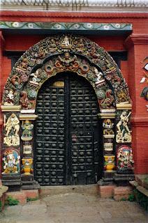 [Kathmandu+doorway.jpg]