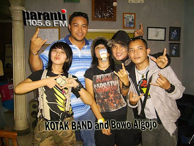 Group Band Kotak
