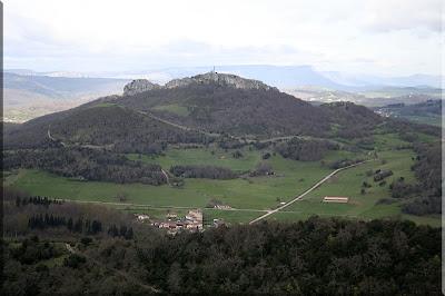 Domaikia y Atxabal desde la cima de Armikelo