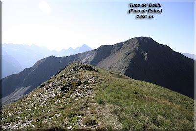Pico de Estós desde la Tuca de Frontonet