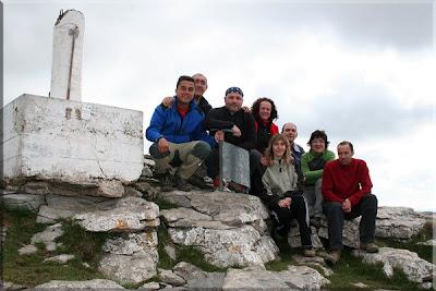 Tologorri mendiaren gailurra 1.066 m.  -  2009ko apirilaren 18an