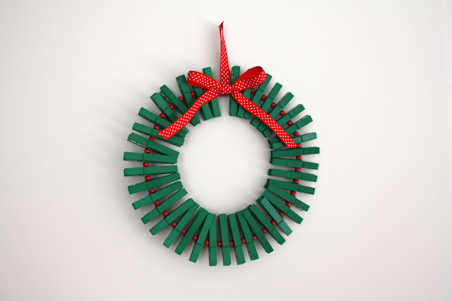 Clothespin Wreath | DIY Christmas Wreaths You Will Love