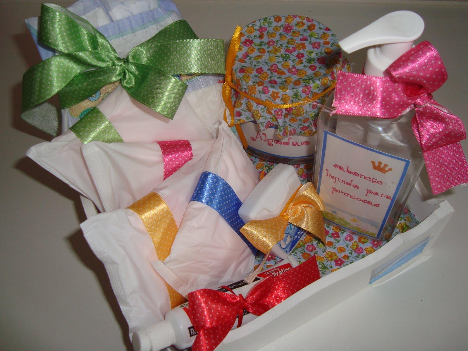 Festa Perfeita Novembro 2009 -> Kit Banheiro Feminino