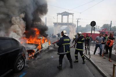 Atena luată cu asalt de protestatari