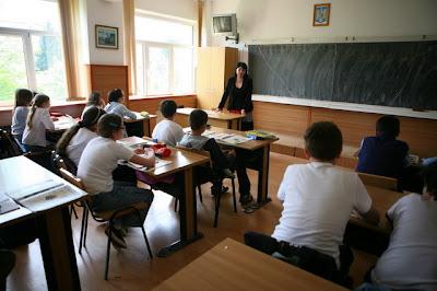 Camera Deputaţilor a adoptat legea educaţiei