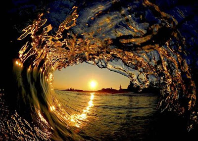 In mijlocul valului