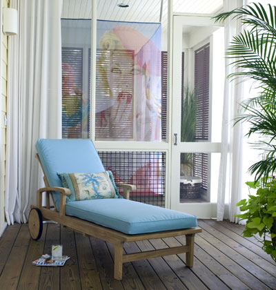 Serenity in design swing time for Breezeway screen room