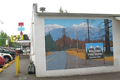 Twede's Cafe Twin Peaks Sign