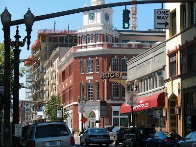 street corner, downtown portland oregon