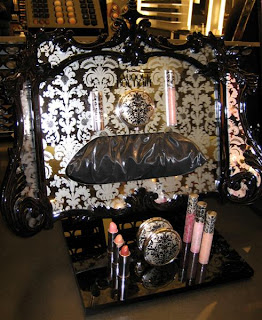 MAC, Baroque Boudoir, display
