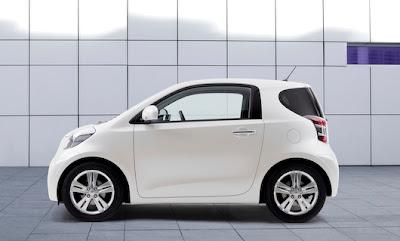 Toyota iQ - Subcompact Culture
