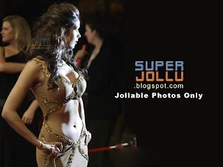 Naval exposed Malaika sherawat the most glamorous girl in bollywood india.