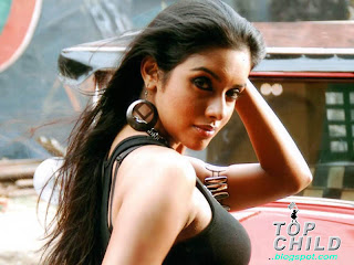 topchild.blogspot.com Indian top stars teen age  photo album : Tamil and Bollywood Actress Asin Thottumkal