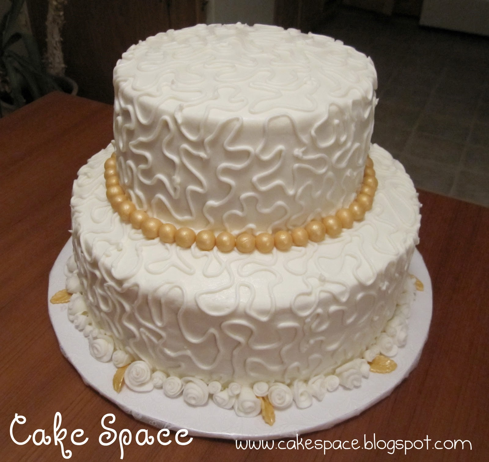 Download Images Of Anniversary Cake : Wendy s Cake Space: 50th Anniversary Cake