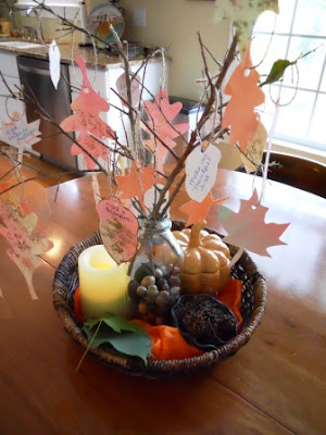 autumn nature tray, fall nature tray