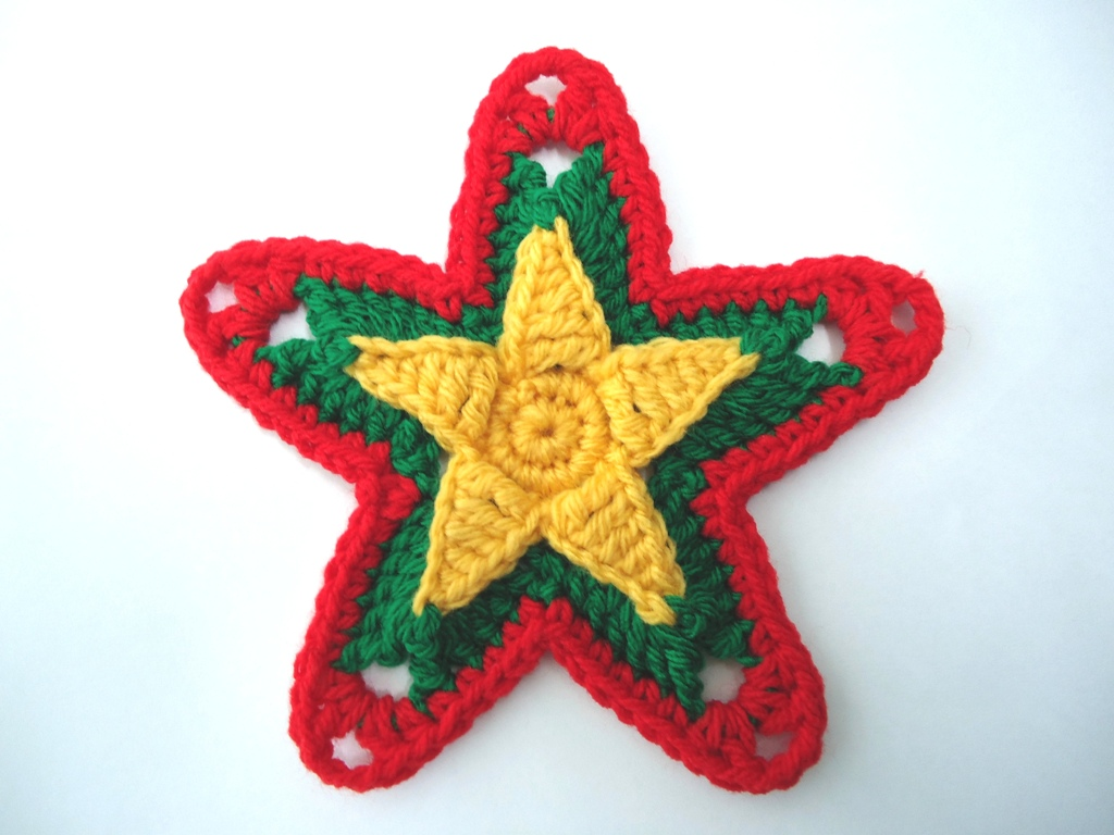 Crochet Xmas Ornaments : Stitch of Love: Crochet Christmas Ornaments