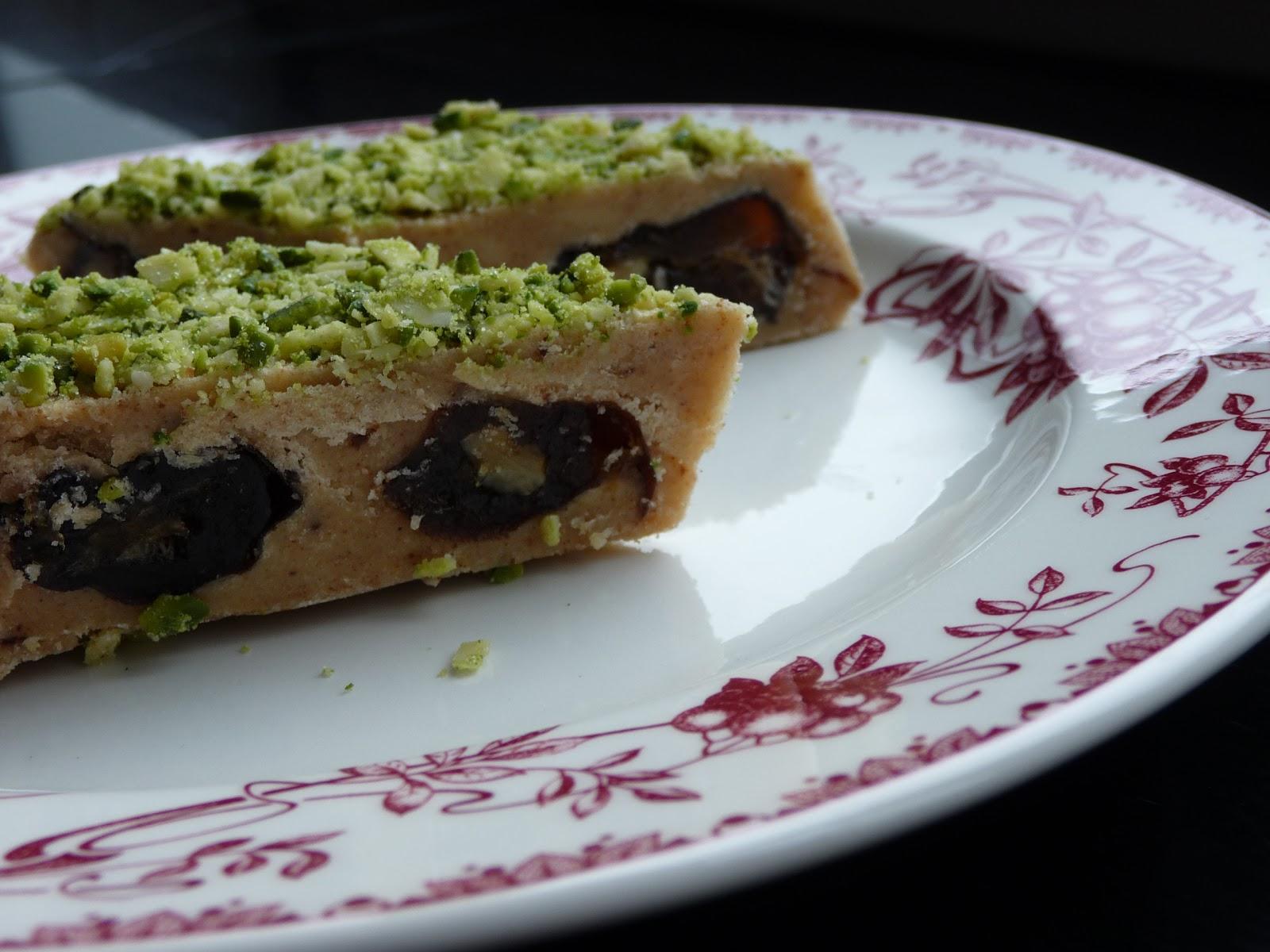 un peu gay dans les coings: ranginak ('gâteau' persan aux